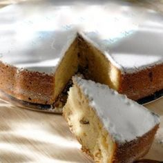 Βασιλόπιτα - κέικ Greek Christmas, Christmas Sweets, Christmas Baking, Christmas Time, Xmas, Christmas Recipes, Greek Sweets, Great Desserts, Greek Recipes
