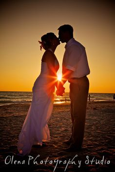 If you are not using Sunset or Sunrise in your wedding or even portrait pictures, you are loosing the most magical moment of your day!