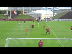 FC Bayern Munich Team Training Session Day 2 Doha 2014 - YouTube