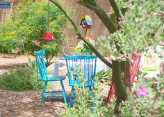 photo by michele of #hellolovelystudio #colorfultablescape #desertbackyard #hellolovely #arizona