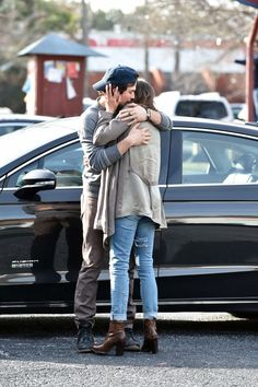 Nikki Reed & Ian Somerhalder's Cute PDA! Click for more