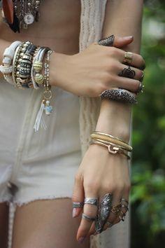 #layered #tassel #boho #bohemian #gold #silver #chunky #jewelry #statement #neckpiece #pipabella