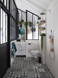 If you have a small bathroom in your home, don't be confuse to change to make it look larger. Not only small bathroom, but also the largest bathrooms have their problems and design flaws. Bathroom Interior, Modern Bathroom, Small Bathroom, Bathroom Ideas, Bathroom Designs, Colorful Bathroom, Master Bathroom, Budget Bathroom Remodel, Bathroom Renovations