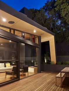 Untamed Geometry Showcased by Modern House Exterior in Melbourne