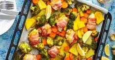 Süsd a baconös csirkemellet tepsiben, így jóval kevesebb olaj kell hozzá, és még zöldségeket is szórhatsz mellé.