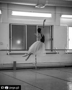 #lasylphide #lasylfide #ballet #ensayo #dancer #dancerslife #ballerina #シルフィード #リハーサル foto @jorge.g3