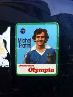 Quand les chaussettes Olympia sponsorisaient Platini (collector sur scooter)