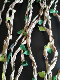 Jungle Themed Paper vines easy to handmake