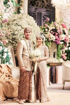 The richness of Indonesian cultures means we are lucky that we get to experience to shoot different weddings in different Indonesian cultures. Miriam and Farizan went through some Sundanese ceremony which had so many meanings for couples who were going to Kebaya Wedding, Wedding Hijab, Wedding Poses, Wedding Photoshoot, Wedding Attire, Wedding Ideas, Table Wedding, Wedding Album, Wedding Reception