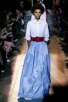 Sfilata Carolina Herrera New York - Collezioni Autunno Inverno 2018-19 -  Vogue 9e1d33e9e4f