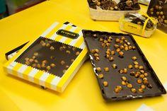 Ecorces - Pocket Bar of Ecorces 200g (70% Dark chocolate with caramelised hazelnuts)