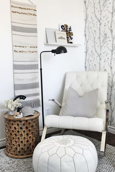 This boho inspired nursery is just beyond gorgeous and stylish! White nursery goals, for sure.