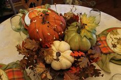 Southern Seazons: Pumpkins and plaid tablescape