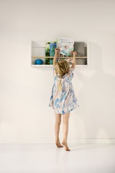 New Flexa Play Storage shelf for books l by Flexa World l design Charlotte Høncke