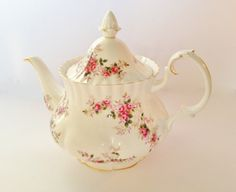 Lavender Rose Tea Pot  by:-lavenderrosecottage