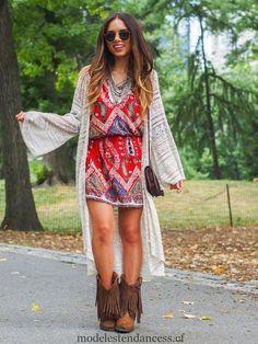 Comment s habiller boho chic à l automne - tenue de bottes à franges f6c69b1a351