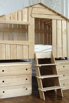 Tree House - Kids' Bedroom Ideas - Right Grandad, get the tool box out! www.homesalemalta.com #realestate #malta