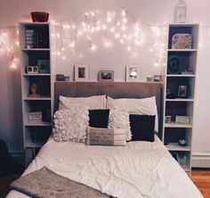 Creative Picture of College Apartment Living Room Ideas . College Apartment Living Room Ideas Decorate College Apartment Living Room And Catpillowco Bedroom Makeover, College Bedroom Apartment, Bedroom Design, Room Inspiration, Girl Room, Apartment Decor, Room Decor, Apartment Decorating College Bedroom, New Room