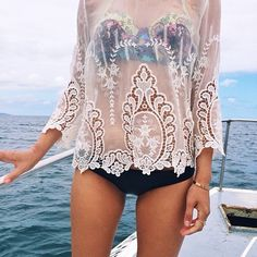 pretty lace // #beachbum #planetblue