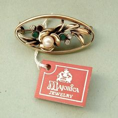 Gold plated silver Majorica pearl brooch 1982