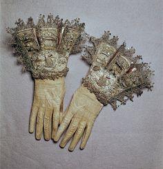 Gloves, England, circa 1603-1625.