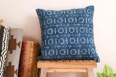 Indigo Rug Cushion Indigo/White Block-printed Cotton