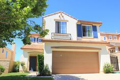 *IN ESCROW* This gorgeous 4 bedroom Castaic home with a fantastic view is currently in escrow! #inescrow #teamhouse #realestate #SOLD #homes #forsale