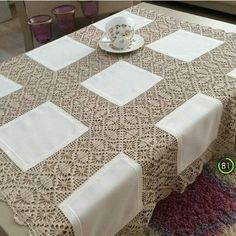 .. Crochet Instructions, Table Covers, Crochet Designs, Crochet Lace, Handicraft, Table Runners, Baby Knitting, Diy And Crafts, Round Tablecloth