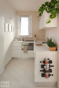 6 Modern Small Kitchen Ideas That Will Give a Big Impact on Your Daily Mood - Houseminds Small Modern Kitchen ,Modern Small Kitchen Design ,Kitchen Island Ideas for Small Kitchens ,Small Kitchen Decor ,Kitchen Ideas for Small Spaces Small Modern Kitchens, Small Space Kitchen, Little Kitchen, New Kitchen, Home Kitchens, Small Spaces, Kitchen Decor, Kitchen Ideas, Country Kitchen