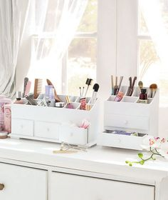 Give a clean organized redo to your counters and vanity tables. Holds all your makeup and brushes - drawers are also great for jewelry.