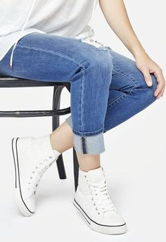 awesome Tendance Basket 2017 - Casual and cool is the minimal Julieta sneaker. With a hi-top silhouette. Perfec...