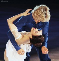 Meryl Davis and Charlie White of the United States perform during the figure skating exhibition gala in Sochi, Russia - February 22, 2014