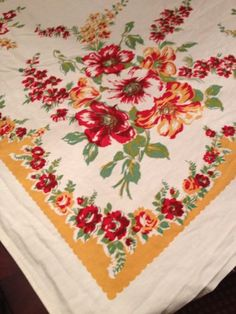 "Vintage Cotton Tablecloth Flowers Butterscotch Midcentury Beauty 48"" Sq Holidays 