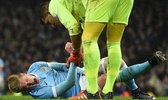 Evertons Joel Robles apologises to Kevin De Bruyne over knee injury