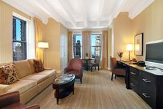 Grand Executive Suite Raffaello Hotel Chicago