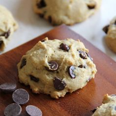 Skinny chocolate chip cookies that are low-fat, low-sugar AND low-calorie! No oil or butter added. Vegan friendly!