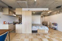 今回紹介するのはワンルームのコーディネート。ワンルームの住居に住んでみると、意外と困るのが、空間の仕切り方や家具の配置。