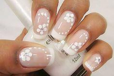 Modelo de unhas decoradas usando flores e francesinha tutorial de uñas deco Frensh Nails, Nail Manicure, Hair And Nails, Nude Nails, Acrylic Nails, Nail Polish, Bridal Nails, Wedding Nails, Impress Nails