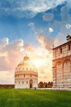 Baptistery of St John, Pisa, Italy by bego fenix