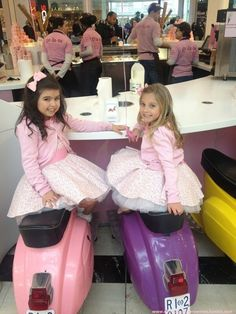 Sophia Grace & Rosie...... Just had to put them on here, there so cute!