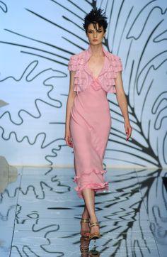 Valentino - Haute Couture - Fall / Winter 2001