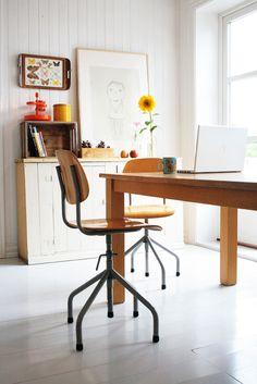 KK magazine Home Office, Office Decor, Room Of One's Own, Desk Shelves, Scandinavian Home, Dream Decor, Interior Design Inspiration, Decoration, Home And Living