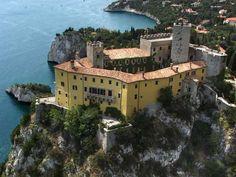 castello_duino_3.jpg 800×600 pixel