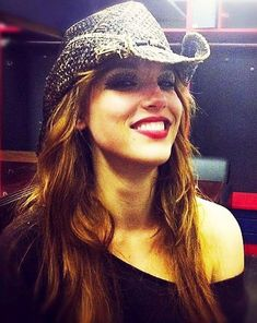 Lizzy hale | Inky Blinky Blog: Lzzy Hale - Cowgirl
