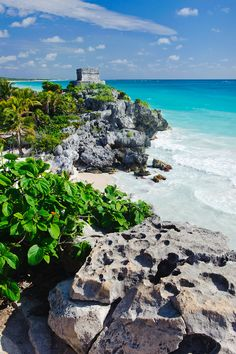 Dream away...  Mexiko, Yucatan, Tulum, Strand mit alten Maya-Ruinen - © Getty Images - Bildnr. 432309