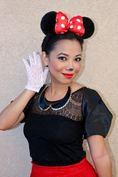 Minnie mouse makeup look and costume idea