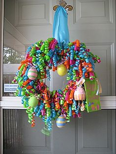 I like this minus the eggs...Use curling ribbon make for a birthday using party theme colors, birthdate age/date or numbers...photos maybe? Holiday Wreaths, Easter Wreaths, Holiday Crafts, Easter Crafts, Easter Ideas, Easter Decor, Holiday Activities, Holiday Fun, Wreath Crafts
