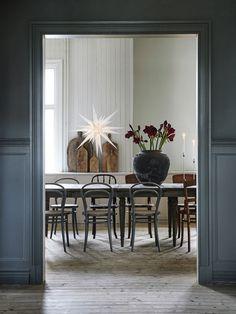 Dining Room Inspiration: 10 Scandinavian Dining Room Ideas You'll Love Dining Room Inspiration, Interior Design Inspiration, Decor Interior Design, Design Ideas, Interior Exterior, Room Interior, Kitchen Interior, Dining Room Design, Dining Area