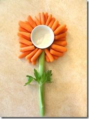 For the family or for the kids' snack time, try this carrots and celery flower.