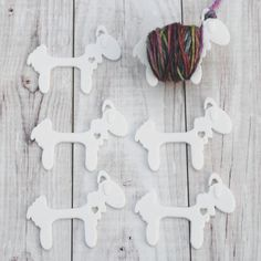 Sensational Sheep - Yarn Bobbins for Knit or Crochet Colorwork - Crafty Flutterby Creations Wooden Spool Crafts, 3d Printing Diy, Thread Holder, Digital Fabrication, 3d Prints, Knit Or Crochet, Stitch Markers, Cross Stitch Embroidery, 3 D